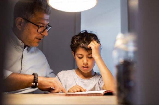 Усі наші проблеми родом з дитинства. Давайте розглянемо 5 речей, які шкодять дітям з перспективою на майбутнє.