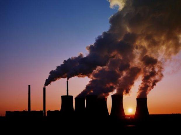 Діти, схильні до підвищених рівнів забруднення повітря, можуть зіткнутися зі зниженням контролю, що призводить до більш низьким академічним показникам