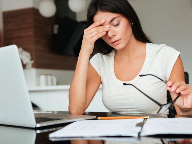 Багато людей борються з нестачею енергії і втомою протягом дня за допомогою кави і енергетичних напоїв.