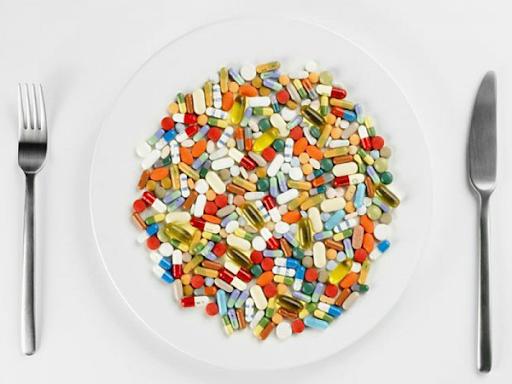У період з 2017 до 2018 року 57,6 відсотка дорослого населення США вживали будь-які дієтичні добавки протягом попередніх 30 днів, відповідно до лютнев