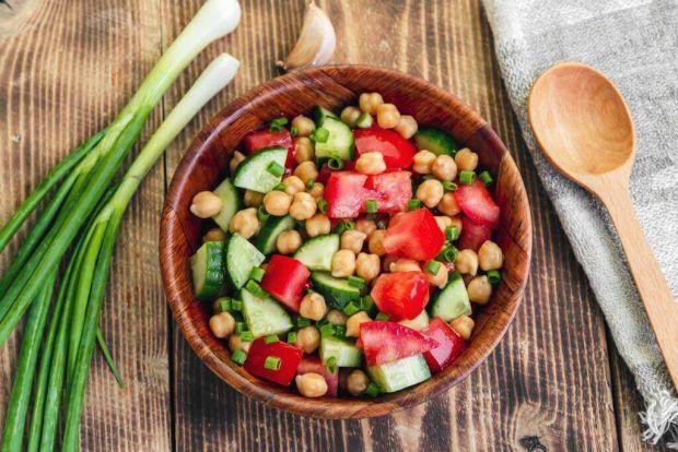 Нут - популярний продукт харчування, який може значно допомогти в зниженні ваги. Сідней Лаппо, лікар-дієтолог, зазначає, що нут містить багато важливи