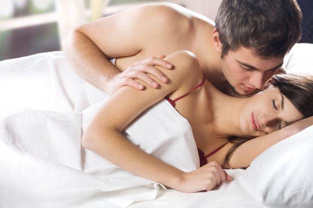 Секс під час вагітності не вважають шкідливим, але в деяких випадках заняття може бути небезпечним.