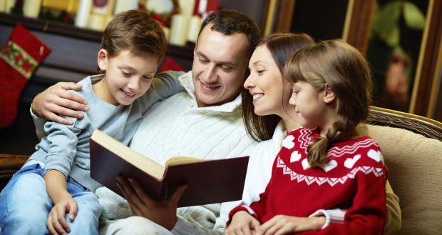 Нове дослідження психологів показало, що дорослі у два рази більше будуть жертвувати на благодійність, якщо поруч присутні діти.