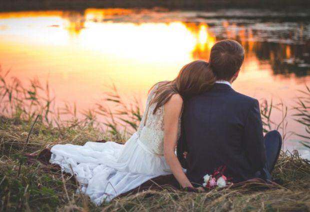 Про основні ознаки щасливого шлюбу - читайте у матеріалі.