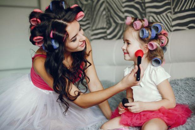 Ці 4 простих істини обов'язково потрібно розповісти своїй доньці.