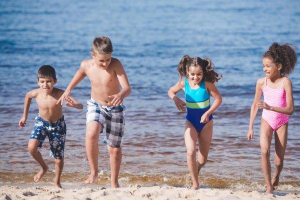 Дитячі купальники