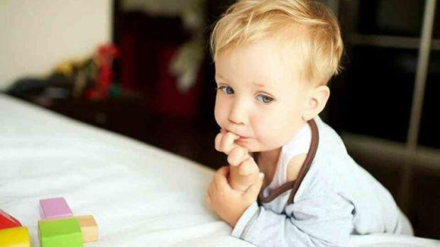 Якщо не допомогти дитині позбутися від цієї звички, вона може травмувати нігтьову пластину і кінчики пальців, занести інфекцію або ж продовжувати цю з