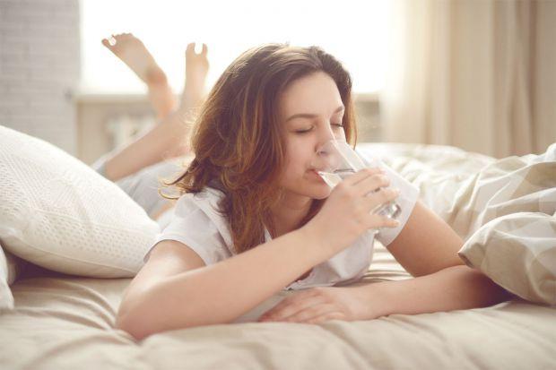 Ранкова склінка води має безліч позитивних ефектів.