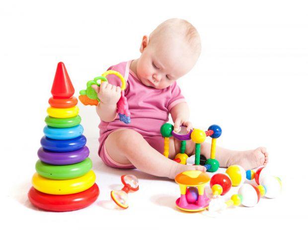 Вибір іграшок для немовлят