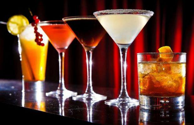 Вживати спиртні напої дуже шкідливо