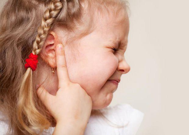 Медики рекомендують уважно спостерігати за різними змінами у настрої дитини.