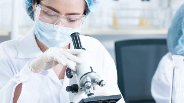 Британські вчені з'ясували, якими наслідками для інтелектуальних здібностей загрожує перенесений людиною коронавірус. Про це повідомляє The Lancet.