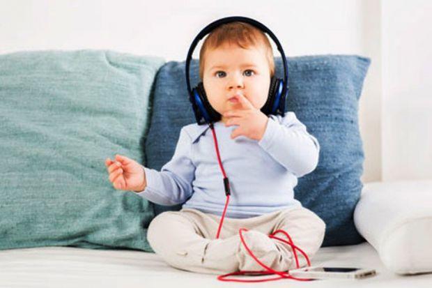 Численні дослідження довели - музика позитивно впливає на роботу мозку. Вчені вказують на такі позитивні ефекти.