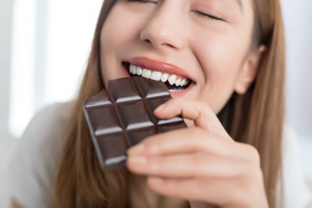 Потяг до шоколаду може виникати у жінок після вагітності.