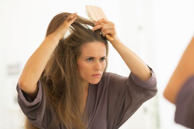 Боротьба з лупою на шкірі голови