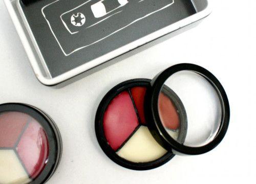 Спектр різноманітних косметичних засобів на сьогодні дуже широкий, однак є така косметика, яку використовувати взагалі не варто.