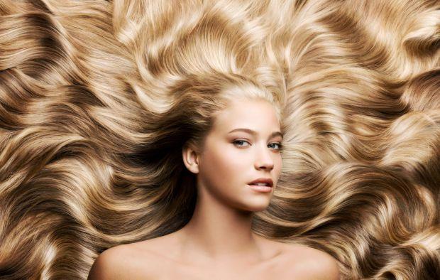 Коли дивишся на рекламні ролики і бачиш вишукане волосся, хочеться одразу скуповувати рекламовані шампуні. Але отримати такий результат можна і іншим