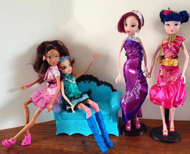 Ляльки для дівчаток - кращі друзі. Через гру діти розвивають свою уяву, пізнають світ.