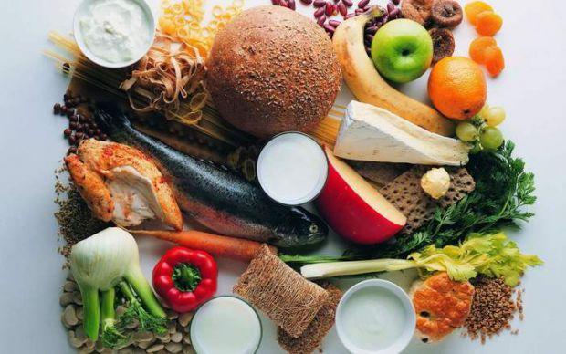 Фрукти, овочі та цільні зерна є основними компонентами здорової дієти, переваги якої вітають як медичні дослідники, так і дієтологи.