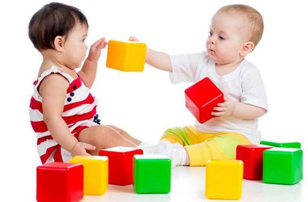 Звичайно, дитині легше запам'ятати тваринок, ніж кольори - для дітей, це чомусь складніше. Але складно не означає, що неможливо! Отож, як навчити дити