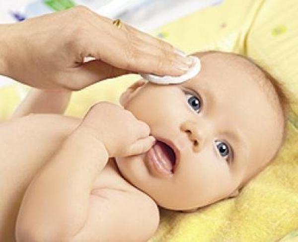 Діти від народження до року часу - це особлива категорія малюків, які потребують ретельного догляду.
