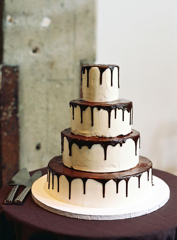 0334_modernweddingcake_chocolatedrip_1.jpg (61.78 Kb)