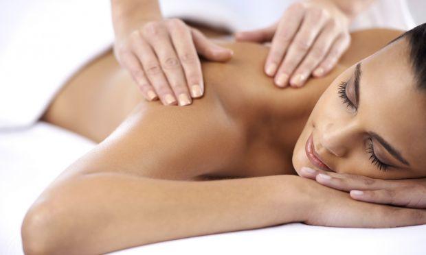 Розслабляючий масаж - це чудовий спосіб народної медицини, який надає цілющу дію на організм людини.