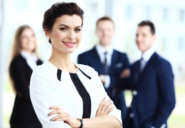 Залежить безліч факторів, а також характер жінки грає важливу роль, аби позицінувати себе у бізнесі.