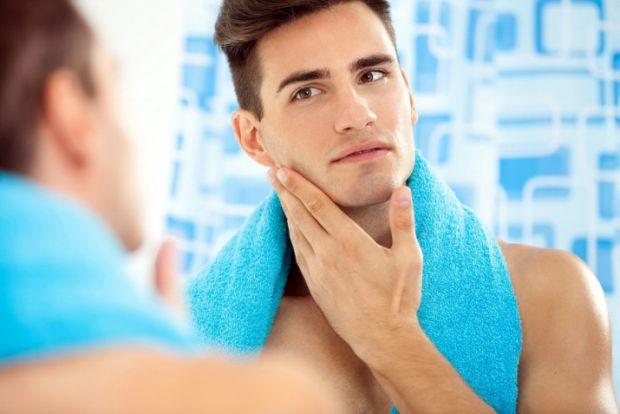 Бритва для чоловіка - один з предметів першої необхідності, але чоловічі бритви значно відрізняються, не йдуть ні в яке порівняння з жіночими.