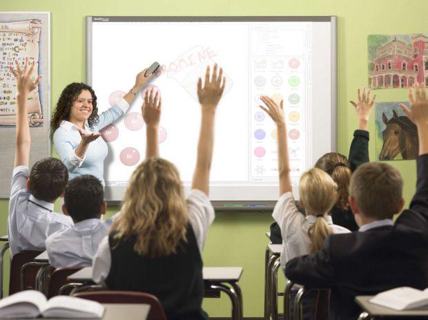 Вчені з Америки розповіли, з чим пов'язані труднощі дитини з читанням і письмом.