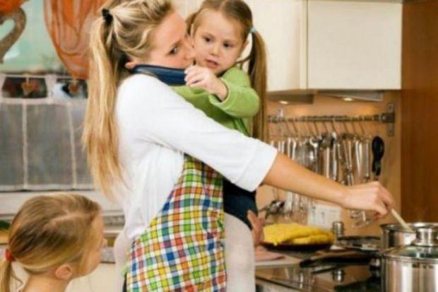 Домашні шкідливі звички, які можуть завдати шкоди здоров'ю.