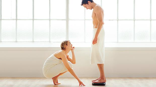 Чоловіки просто не знають, що їм легше схуднути, аніж жінкам. Жінки повинні робити приблизно на 20 відсотків більше фізичних вправ, щоби втрачати вагу