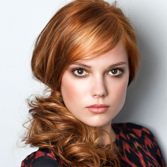 0563_1-red-updo-hairstyle.jpg (72.8 Kb)