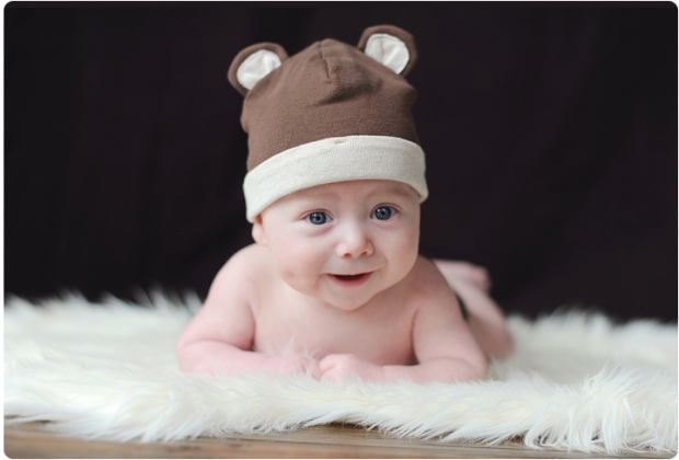 Кажуть, до народження малюка не можна купувати для нього одяг та різні приємні дрібнички. Але ці забобони відходять у минуле, сучасна жінка більше орі