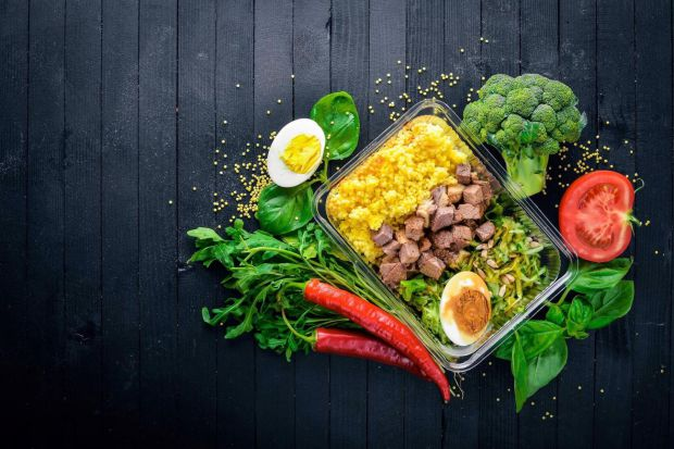 Для досягнення максимальних результатів необхідно дотримуватися правильного режиму харчування. Ефективне скидання зайвої ваги можливе при одночасному