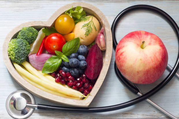 Відомий дієтолог Оксана Скиталінська розповіла, що потрібно їсти при ковід-19 і постковідном синдромі, щоб якомога швидше одужати.