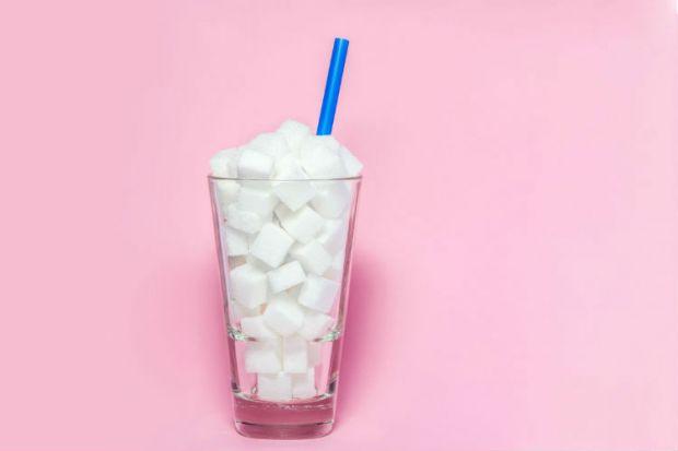 Споживання великої кількості цукру прискорює старість.