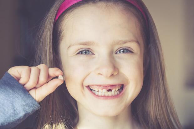 Кілька причин лікувати зуби маляти вже