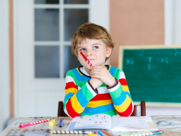 Наша влада уже попередила, що невакцинованих дітей не будуть приймати до школи і в садок. Що ж робити таким діткам? Чи справді усе так серйозно?