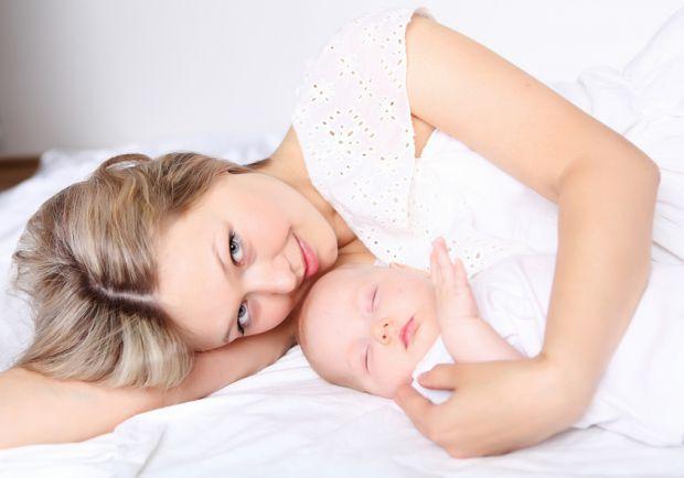 Британська журналістка і мама Бі Вілсон поставила собі за мету з'ясувати, що стає першою після грудного молока їжею для малюків по всьому світу.