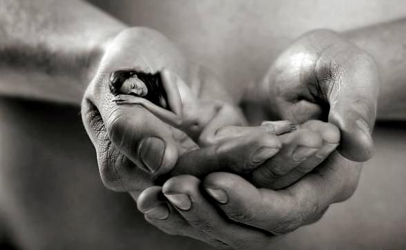 Чому люди не можуть жити без тих, хто приносить їм біль?