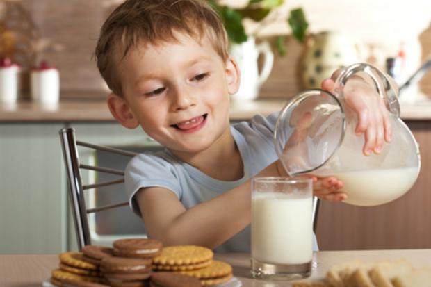 Включи ці напої у дитячий раціон та вбережи малюка від застуди. Повідомляє сайт Наша мама.