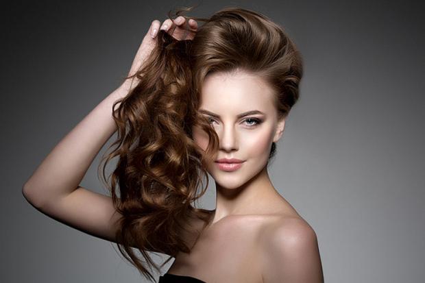 Якщо ваше волосся повільно росте, використання желатинової маски прискорить їх зріст завдяки тому, що желатин містить