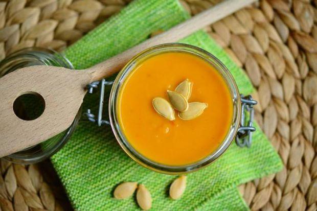 Для різноманітності меню пропонуємо вам приготувати легкі і повітряні крем-супи.