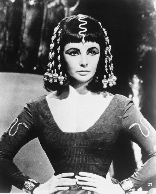Цариця Клеопатра приймала спеціальні ванни, щоб виглядати молодо.