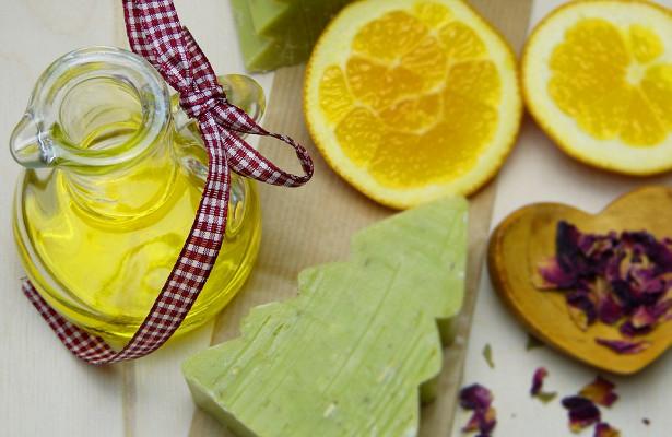 Цитрусова олія має безліч позитивних властивостей, про неї можна знайти десятки сторінок.