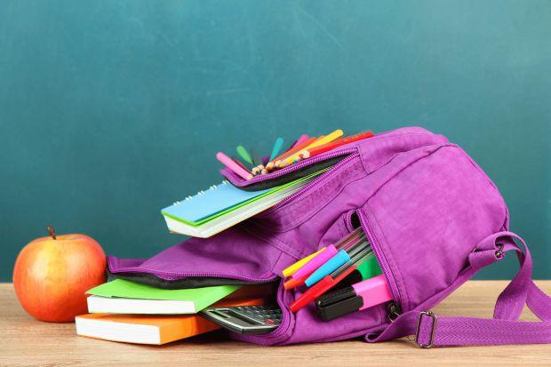 Державна санітарно-епідемічної служба (СЕС) радить дотримуватися таких норм рюкзака школяра.