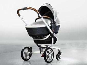 Найдорожча коляскаAston Martin створила чергову особливу серію дитячих колясок спільно з фірмою Silver Cross. Спеціальної версії удостоїлася модель Su
