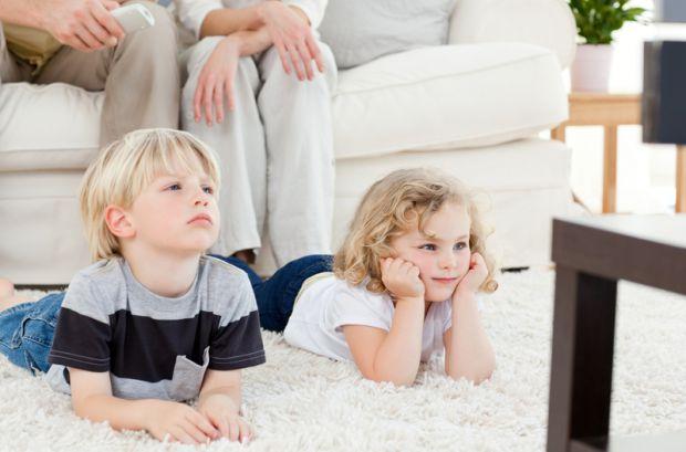 Частий перегляд телевізора руйнує структуру мозку - впевнені японські вчені.