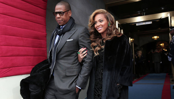 Бейонсе і Джей Зі вразили шанувальників своїм виглядом на церемонії Grammy.